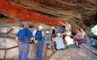 ウビルでアボリジニの壁画を見学