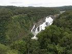 迫力満点のバロン滝