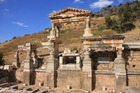 エフェソス遺跡「トラヤヌスの泉」