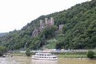 ライン川で一番美しい城と言われているラインシュタイン城