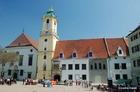 15世紀からの歴史的建造物タウンホール