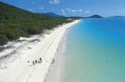 7kmに渡って広がる白砂のビーチ