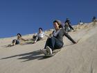 大砂丘でサンドボーディング