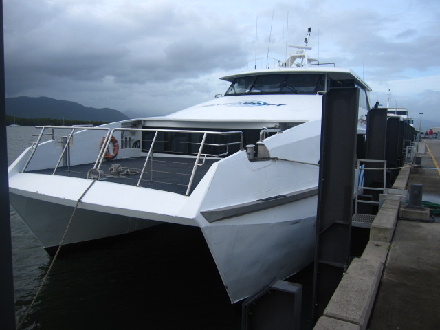 シルバースイフトの船へ