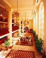ケアンズインターナショナルホテルロビー