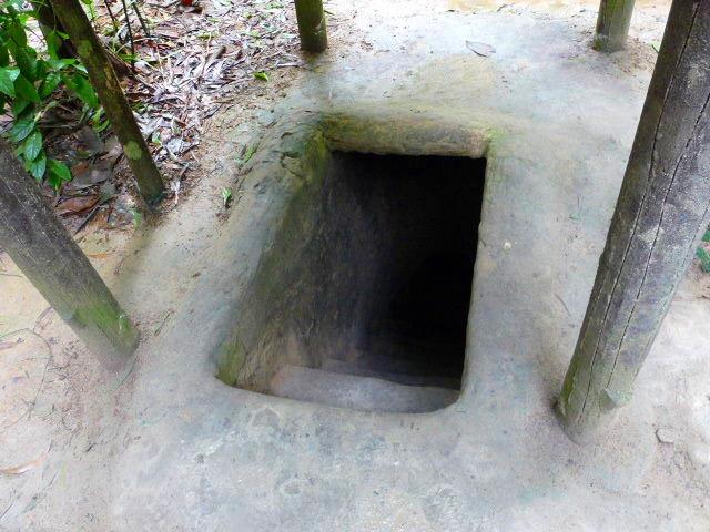 実際に使われたトンネルへの入口です。