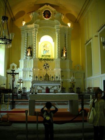 聖ドミンゴ教会内部