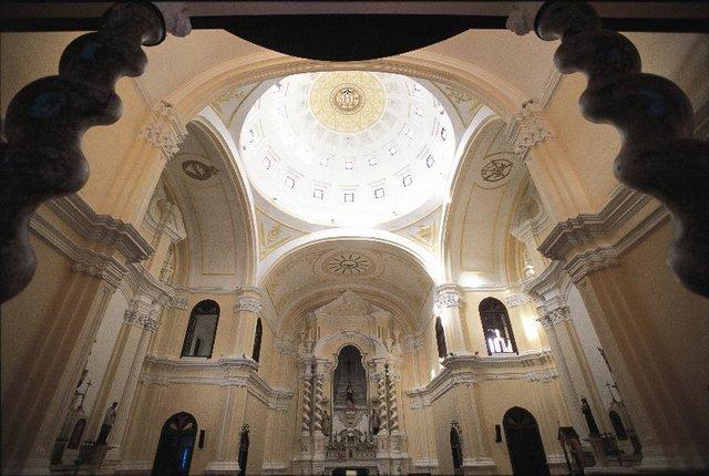 聖ジョセフ教会内部