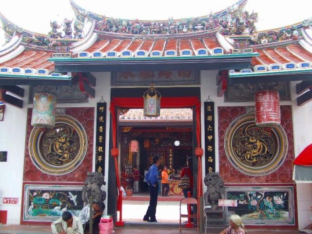チェンフーテン寺院