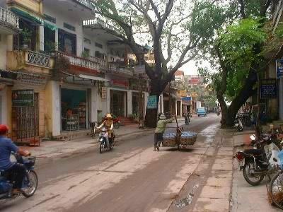 バッチャン村の通り