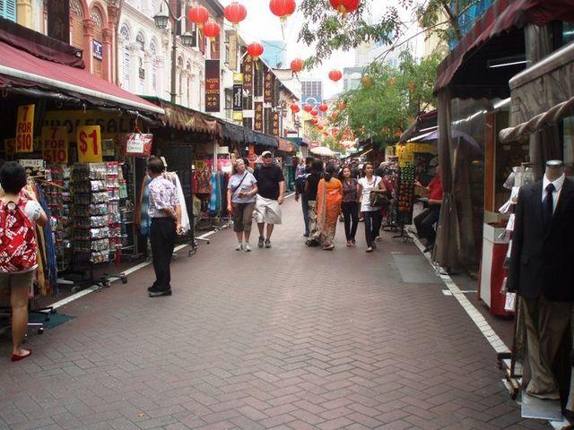 アジアンチックな街並
