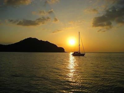 アンダマン海に沈む美しい夕日