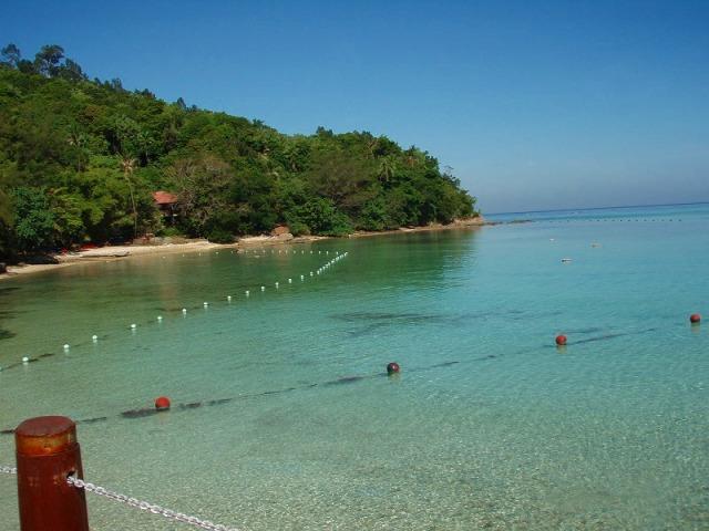 透明度抜群のサピ島