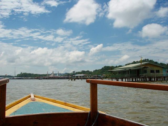 ボートに乗ってマングローブクルーズへ出発!!