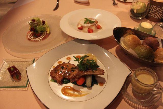 2011年4月以降のデラックスプランはヴィラアイルでの豪華5コースディナー