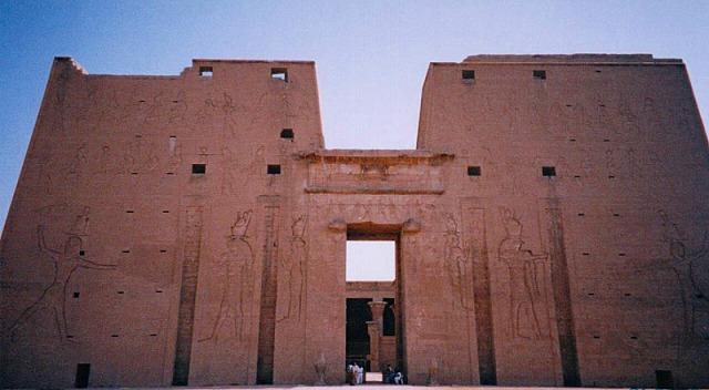 エドフ神殿