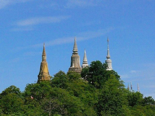 「カンボジアの古都」ウドン