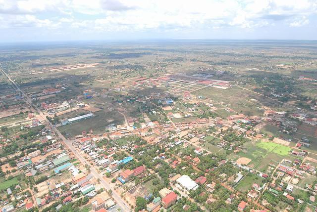 空から眺めるまた一味違うカンボジアの景色!