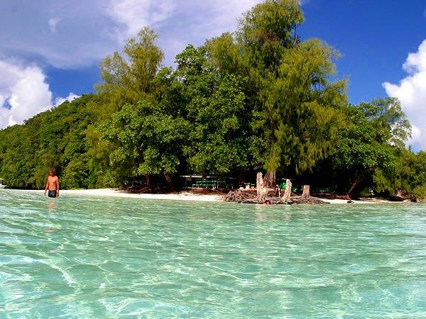 無人島で体験ダイビング