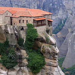 隠遁者ヴァルラアムが建造したヴァルラアム修道院
