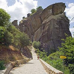 世界遺産メテオラ 険しい坂道