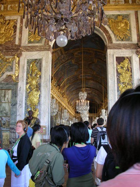 ヴェルサイユ宮殿 煌びやかな鏡の間