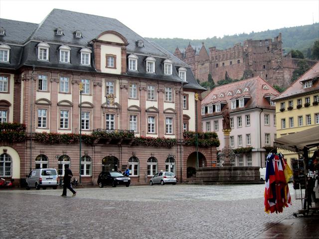 マルクト広場と市庁舎
