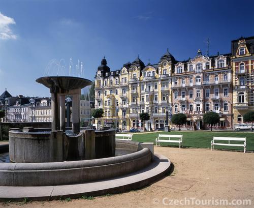 歴史的建造物でも有名な観光地マリアーンスケー・ラーズニェ