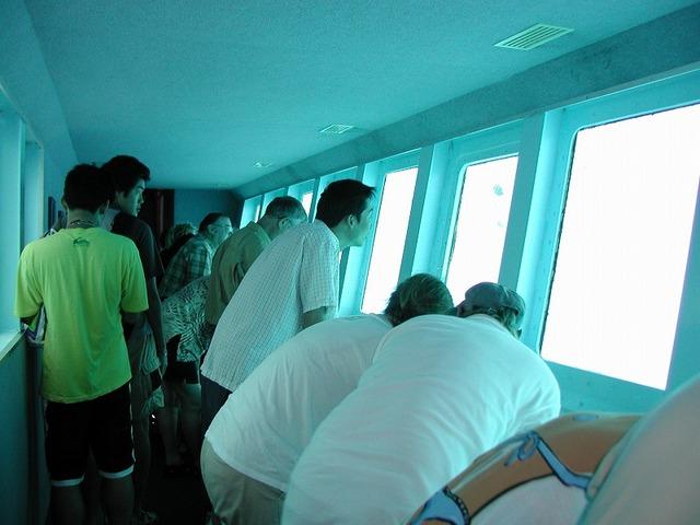 水中観測室もあり