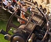 猛スピードで走る無人列車「コロラド・アドベンチャー」