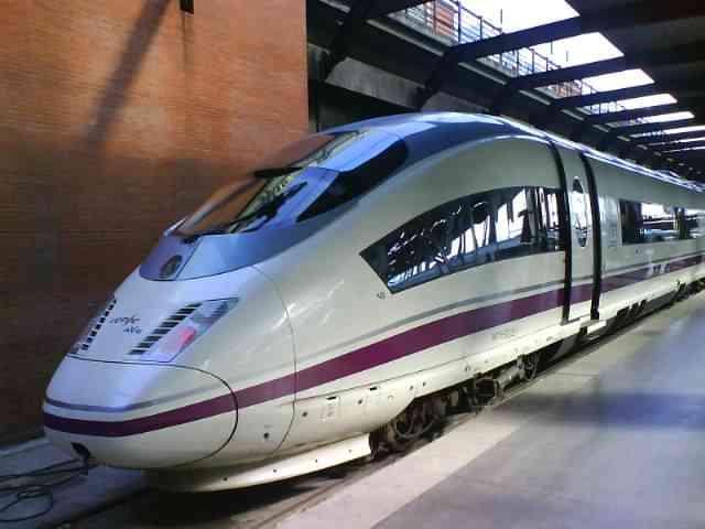 スペイン国鉄が誇る高速鉄道AVE