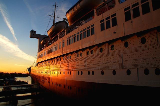 豪華客船クイーンメリー