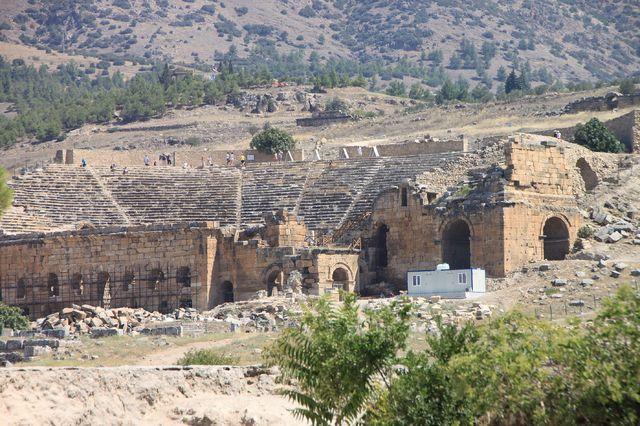 ローマ帝国の温泉保養地として栄えた