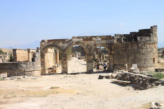 ドミティアン門
