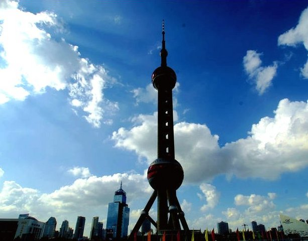 上海のシンボル「東方明珠」