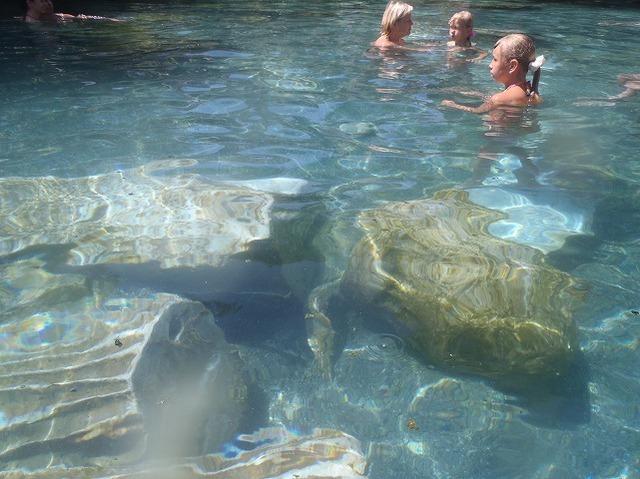 パムッカレの温泉プール
