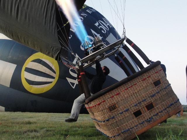 気球の立ち上げ