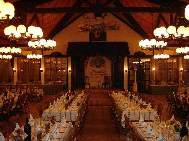 伝統的なレストラン