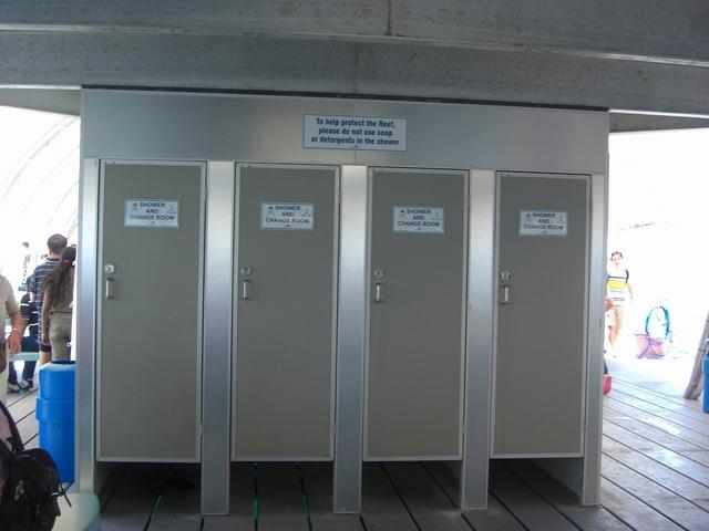 シャワー&更衣室も完備