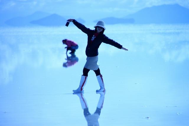雨期のウユニ塩湖