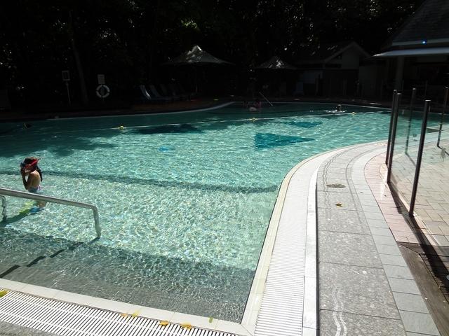 プールもあります