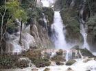 クアンシー滝と象乗りとモン族の村