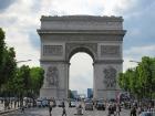 パリの人気観光スポットを約1時間45分で訪れる!!格安!!パリ・ツアー(日本語音声ガイド付)