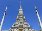 「陶器の村」コンポンチュナンで民家訪問と[カンボジアの古都」ウドン見学