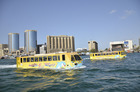 ワンダーバス 水陸両用バスでドバイを観光!
