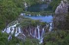 世界遺産 プリトヴィッツェ湖群国立公園 (ザグレブ発着)