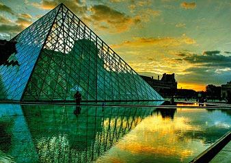パリの街を自由気ままに散策!!ロンドン発・パリ自由観光ツアー