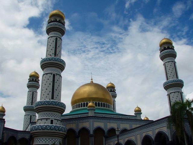 美しい黄金の国・ブルネイを訪れる!! コタキナバル発・ブルネイ日帰り