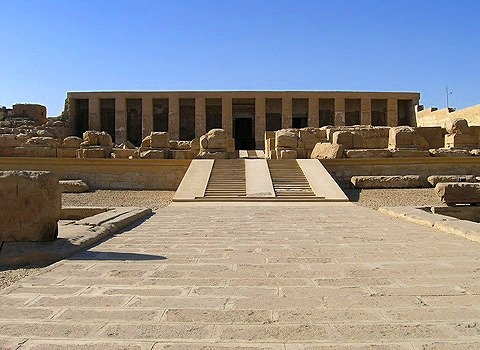 デンデラ(ハトホル)神殿とアビドス神殿 エジプト好きにはたまらない
