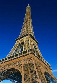 パリ歴史地区巡り+エッフェル塔2階見学 !!格安エッフェル塔・パリツアー (日本語音声ガイド付)